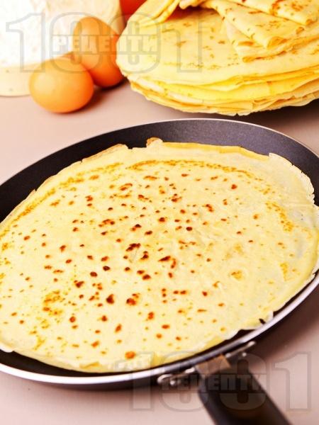 Лесни палачинки с кисело мляко - снимка на рецептата